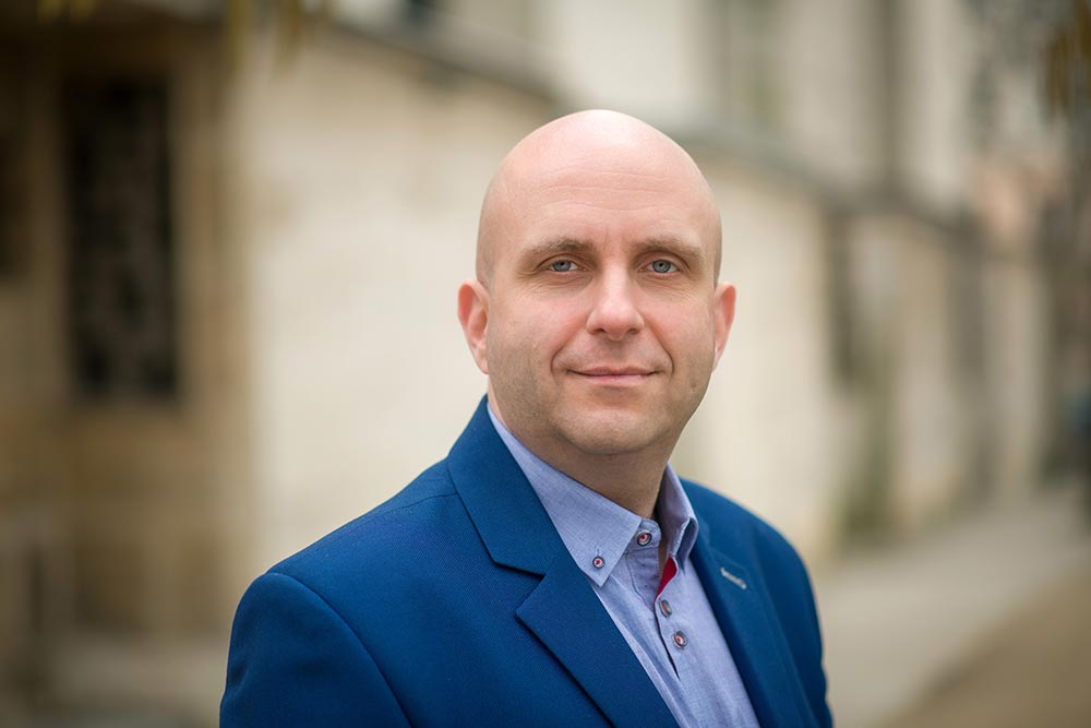 Dr. Retkes Attila zenetörténész